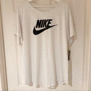 NIKE Plus Essential Tshirt 2x Birch Heather Black